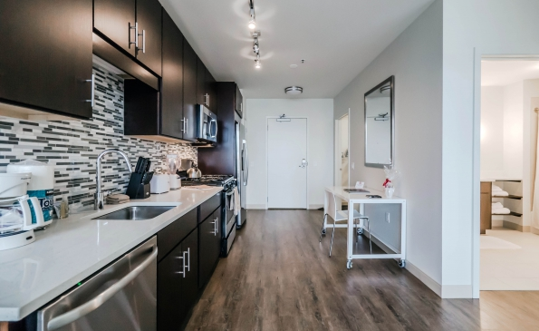 1612Kitchen-280151