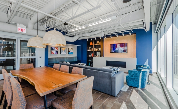 Lounge-250401