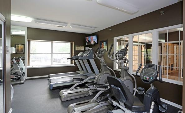 deer-run-apartments-milwaukee-wi-fitness-center (1)