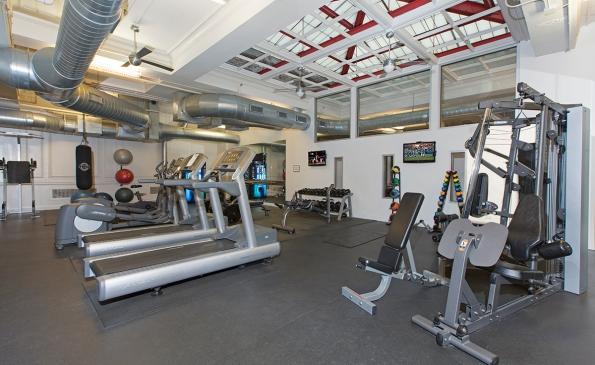 mda-city-apartments-fitness-room-02