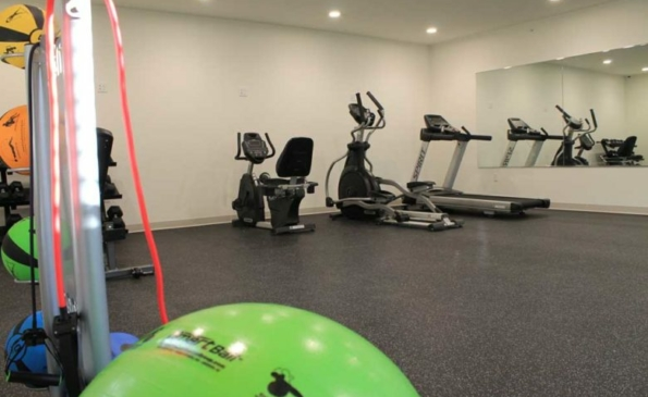 1633-on-the-park-Interior-Fitness-Center-1-780×520