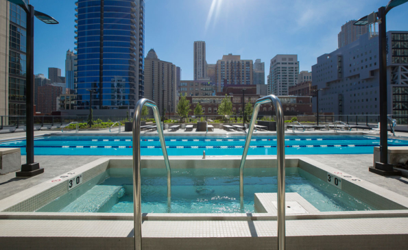 Outdoor pool + hot tub