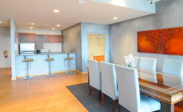 Jackson-Square-living-dining-area