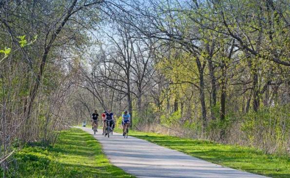 Shorewood-Neighborhood-Biking