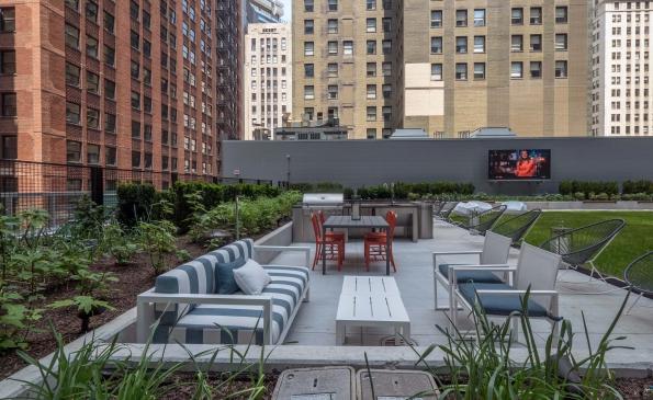 Mila Rooftop Deck 2